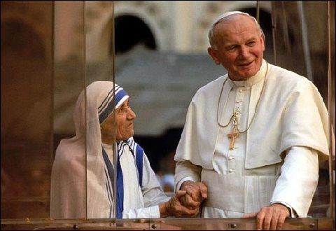 Teresa de Calcuta y Juan Pablo II